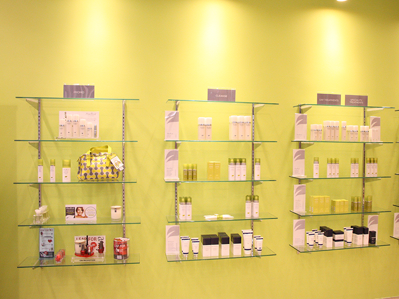 Beauty and Cosmetics Placelol